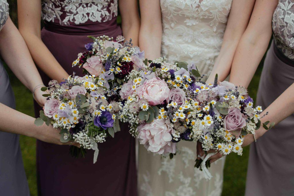 Was macht eine Brautjungfer